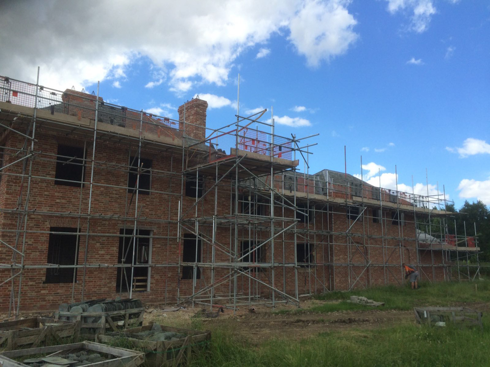 scaffolder with scaffolding
